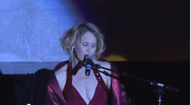 Live Performance of Nobody Does It Better, President's Ball, Global Speakers Summit – December, 2013